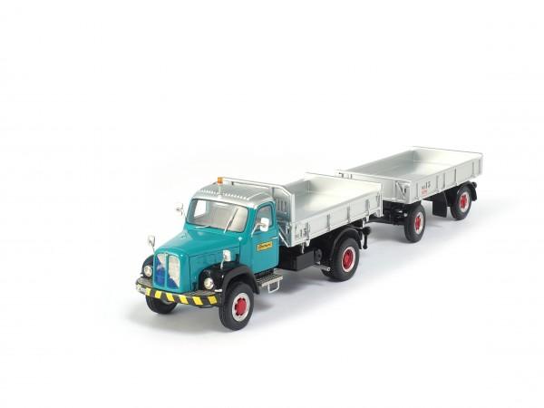 Eberhard Oldtimer-Lastwagen Berna 5VM mit Anhänger Theurer MK12
